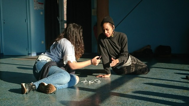 Au collège Verlaine, la danse se découvre en pleine lumière ! Résidence MIAA chronique #6
