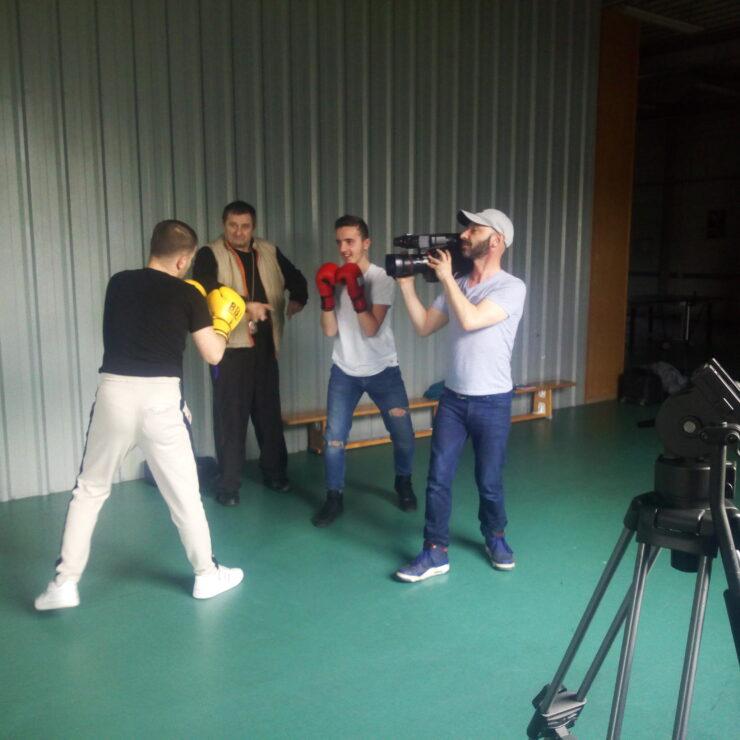 KO sur le ring ! Tournage sportif au collège Anatole France avec Gilles Deroo, MIAA Chronique #6